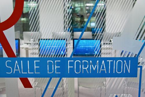 vitrophanie>signaletique>decoration>vitre