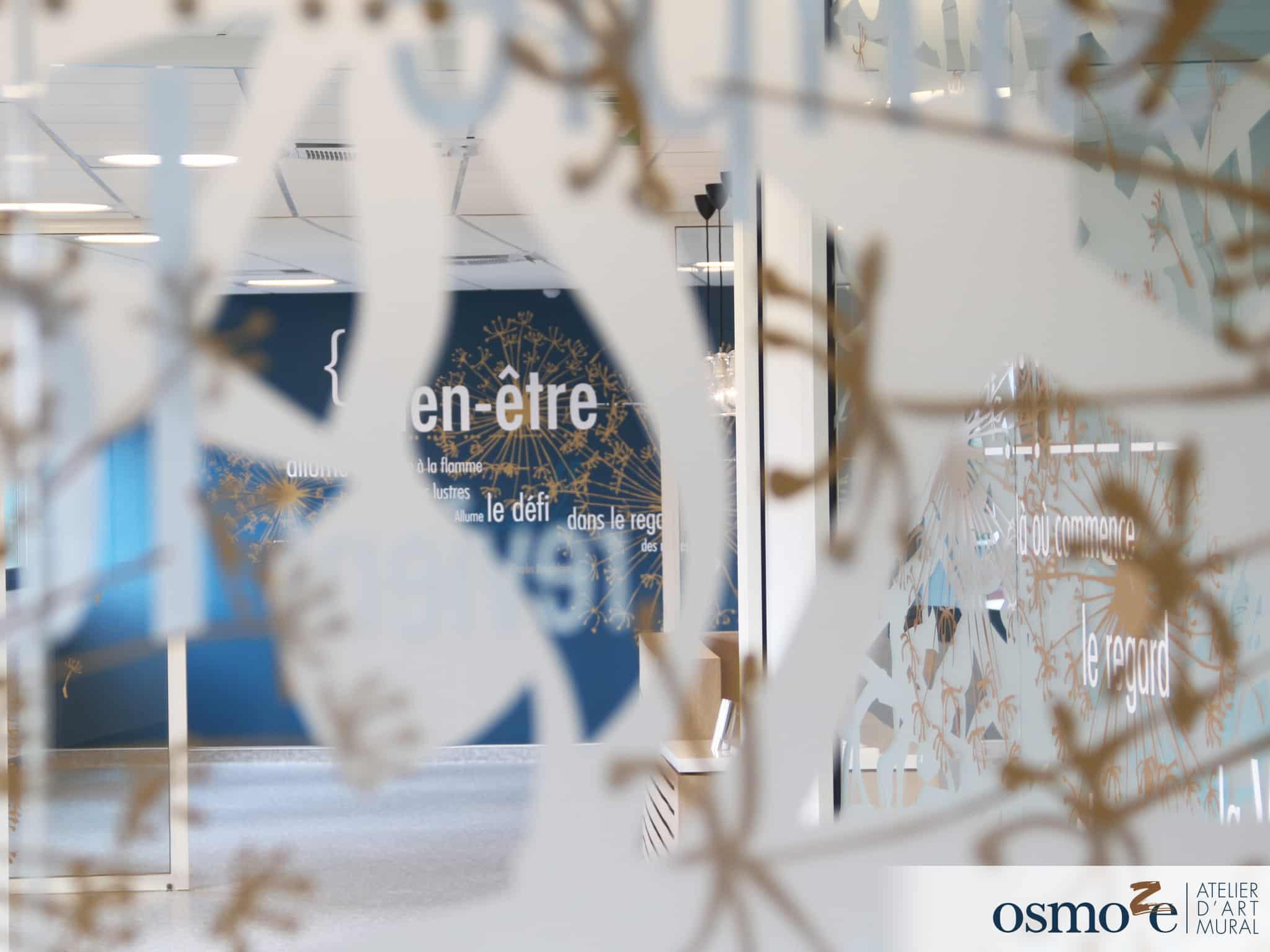Vitrophanie > Vitrophanie décorative > Vitrophanie extérieur et design > Vitrophanie intérieur> Polyclinique Blois