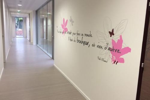Art Mural > Décoration et Signalétique > Mur > Ehpad > Design mural Sas Entrée