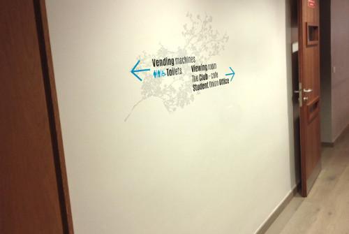 Art Mural > Design Mural > Université > Paris > Londres > Signalétique