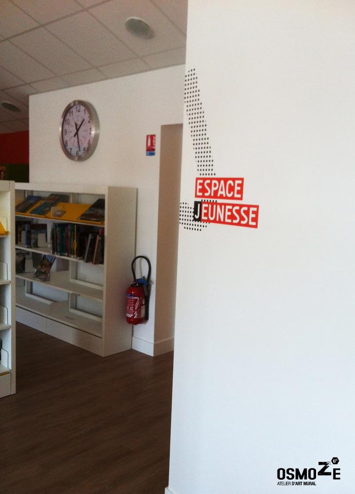 Médiathèque > Décoration Murale > Signalétique intérieure > Marquage Mur
