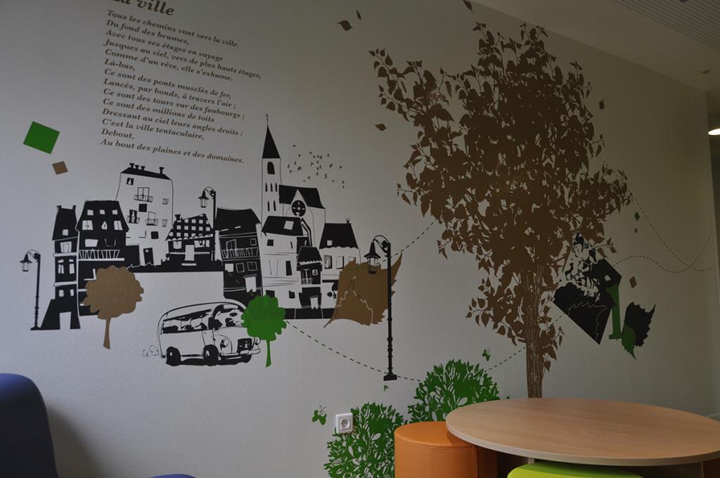 graphiste sur mur