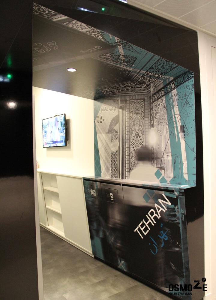 Décoration Entrée Espace Cafeteria > Design Exclusif Osmoze > Vinyle Multipans Haute Performance.
