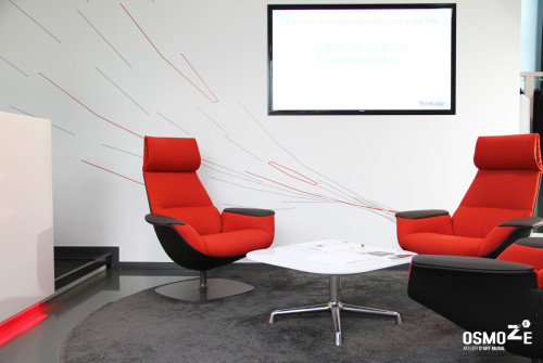 D coration murale design si ge france de steelcase for Decoration murale fiat 500