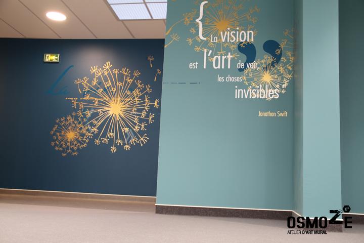 L 39 or revient la mode grand pas d couvrez cette - Decoration murale couloir ...