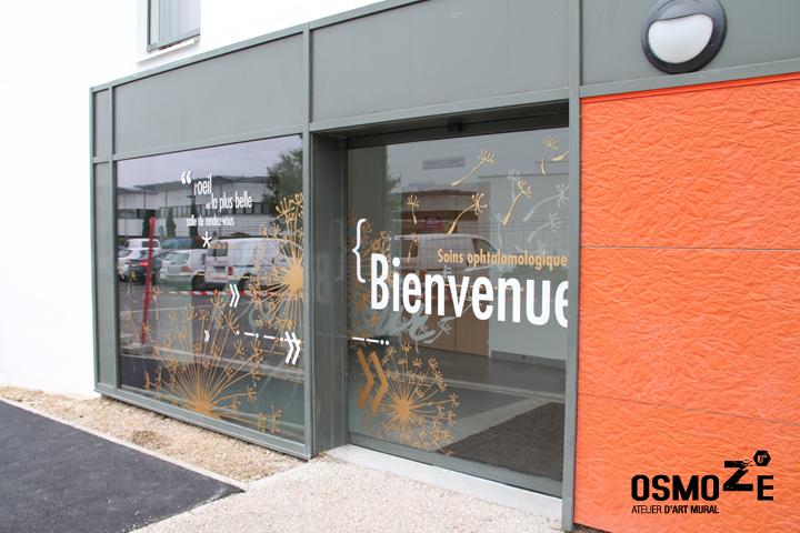 Décoration Murale & Vitrophanie Design > Poly Clinique Entrée Façade > Décor Fresque Graphique > Blois Loire