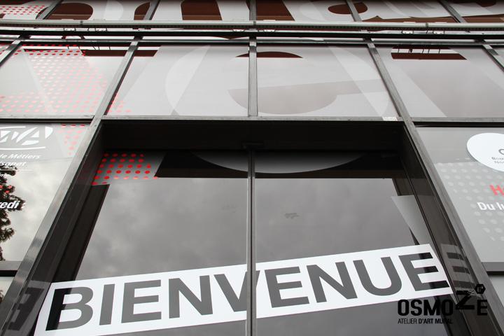 Décoration Façade Vitrophanie > Crous et Chambre des métiers > Décor Fresque Graphique > Rouen Normandie
