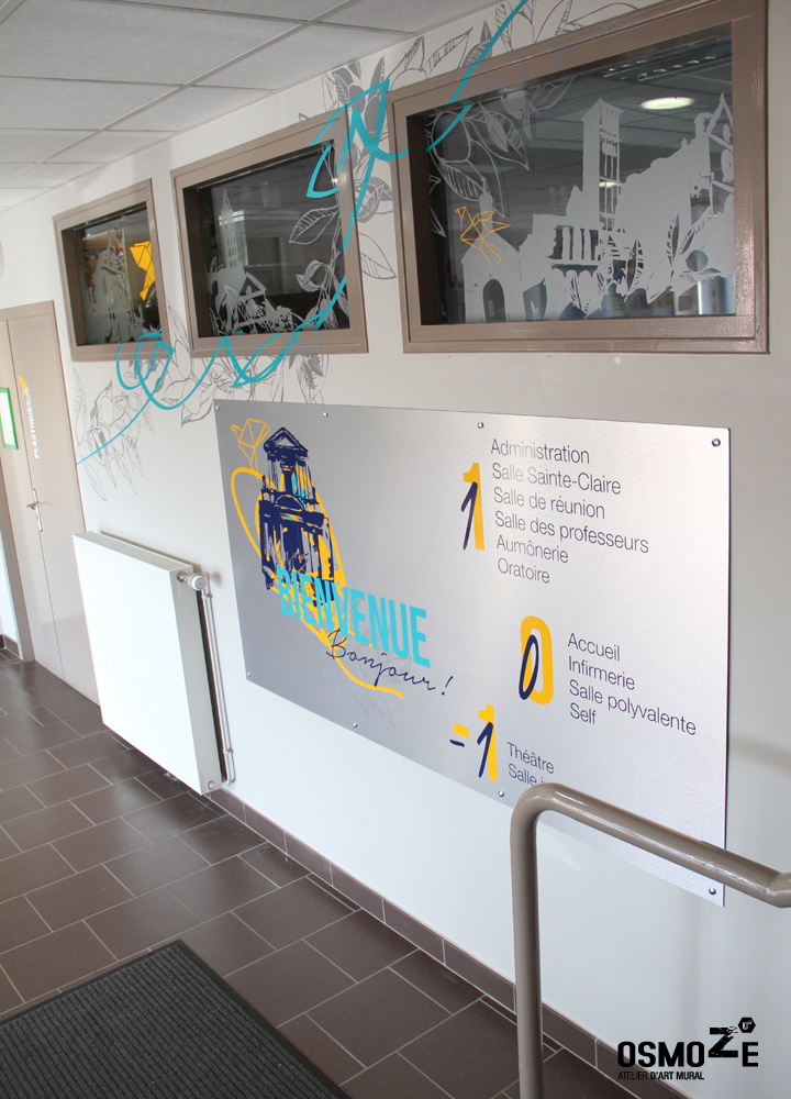 Signalétique intérieure artistique > Collège et Lycée St François Paris > Façade