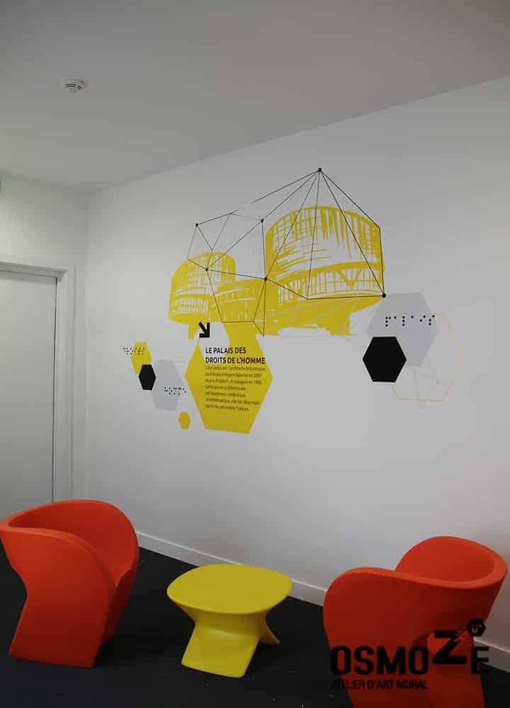 Décoration murale historique et design > CROUS Strasbourg > Résidence Universitaire > Couloir