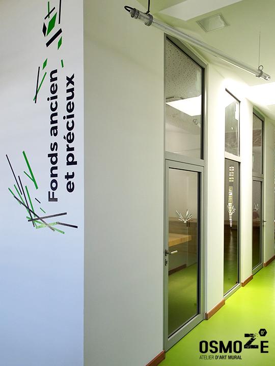 Décoration murale et signalétique contemporaine>Médiathèque Saint-Joseph>Ile de la Réunion>Signalétique>Design