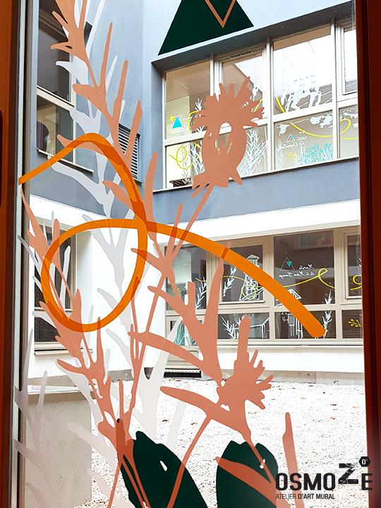 Décoration murale et signalétique artistique > Décoration murale Foyer Hébergement>Foyer Sud Isère>Vitrophanie