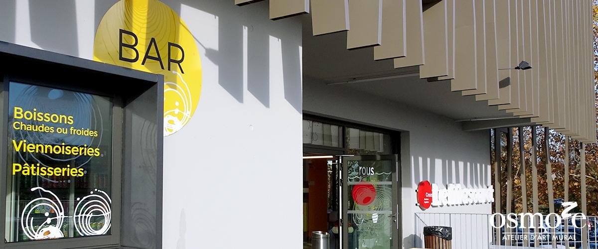 Décoration murale et signalétique artistique > Décoration et signalétique décorative > Fresque design > Signalétique > Extérieur