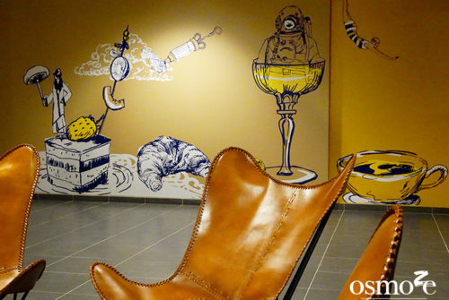 Décoration murale et signalétique artistique > Décoration et Signalétique Murale Contemporaine > Vintage > IUT Sénart > Salle polyvalente