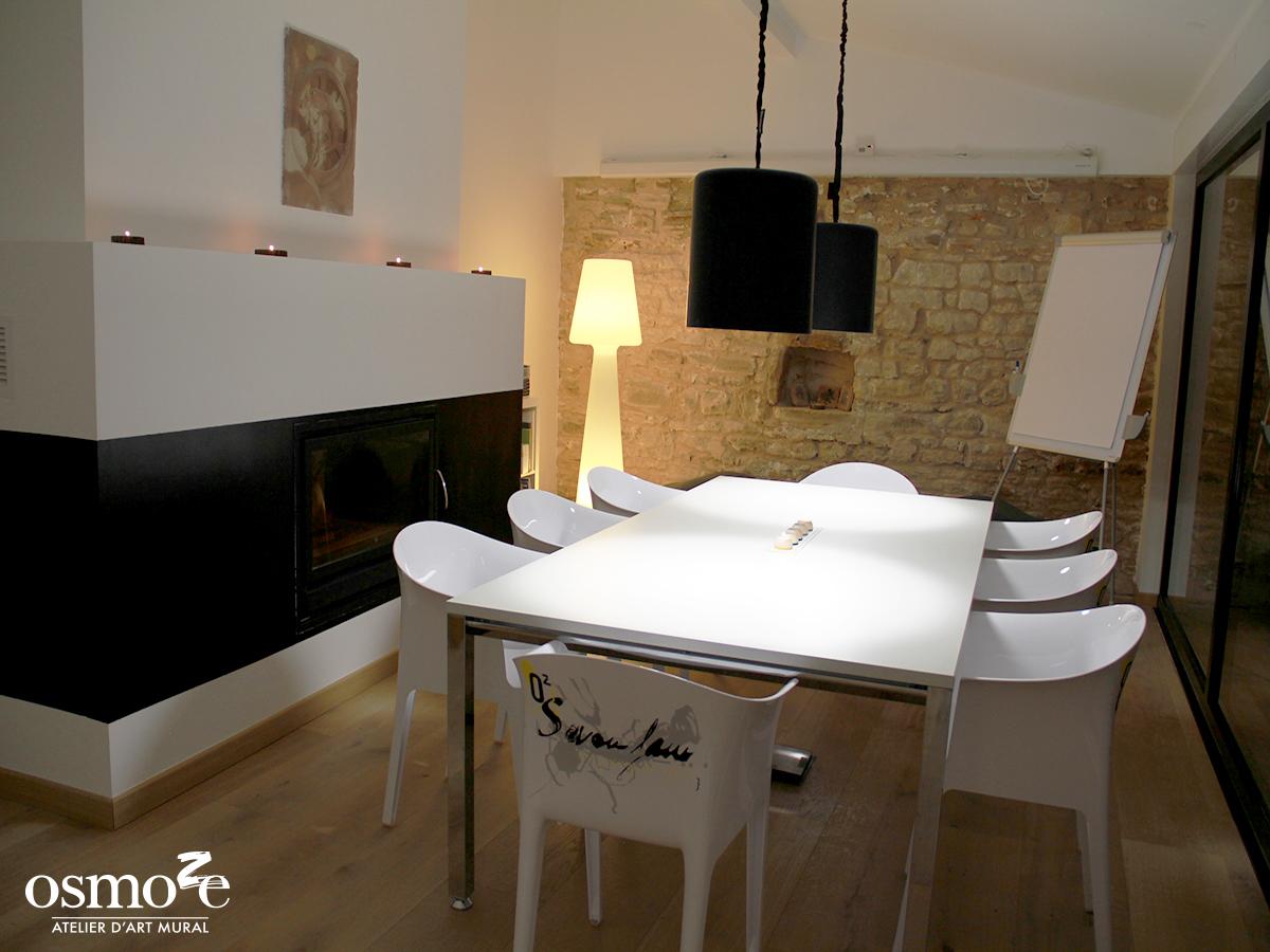 Décoration murale et signalétique artistique > Fresque design > Atelier Osmoze > Salle de réunion