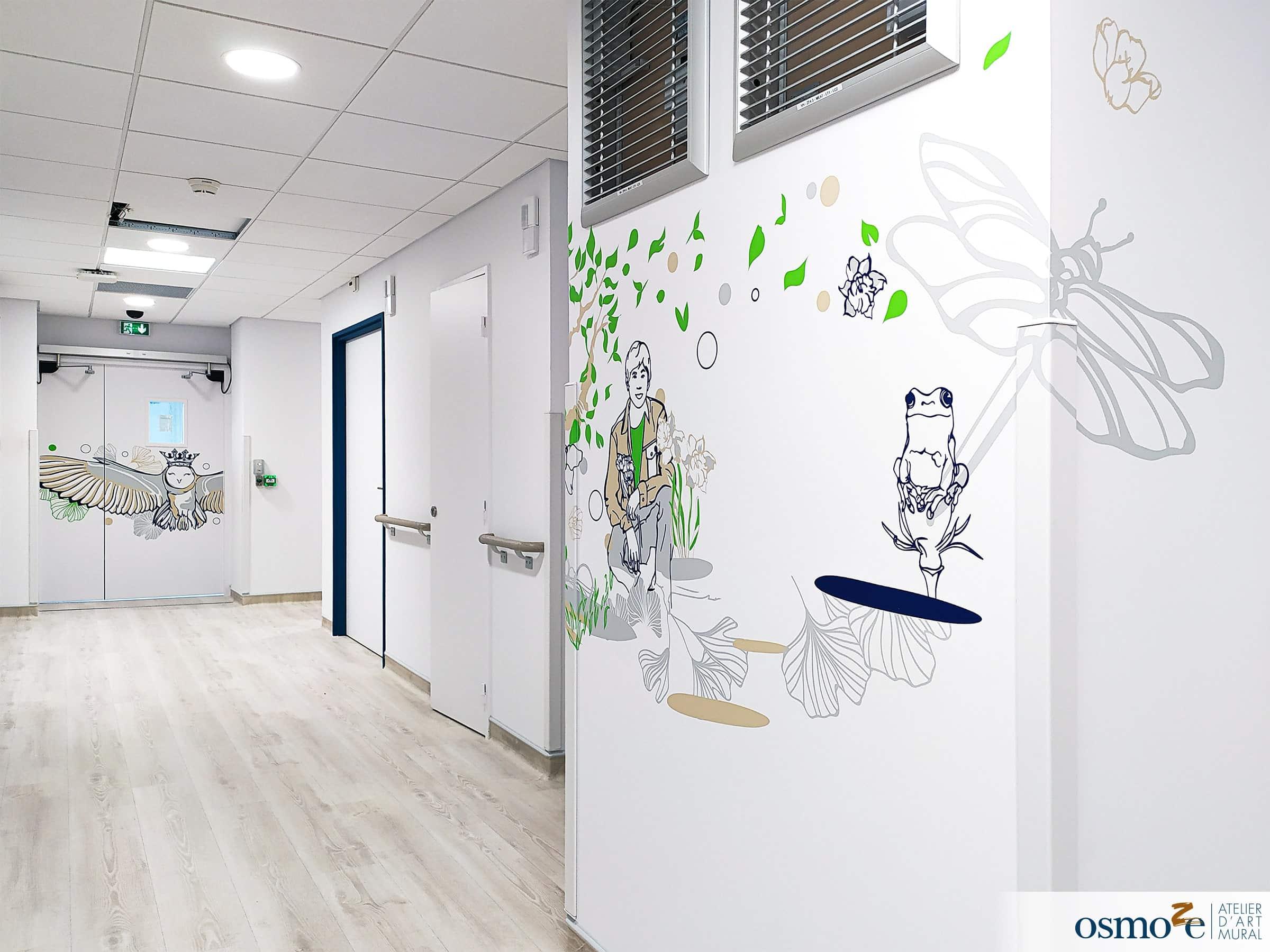 Décoration couloirs clinique enfants > CHU Dijon