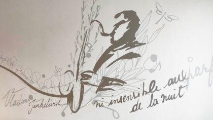 Une danse avec les fleurs dans l'EHPAD Eugène Romaine de Montluçon