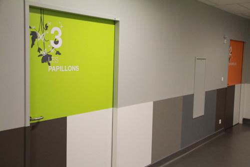 Une d coration murale po tique pour les enfants de l for Decoration porte 3d